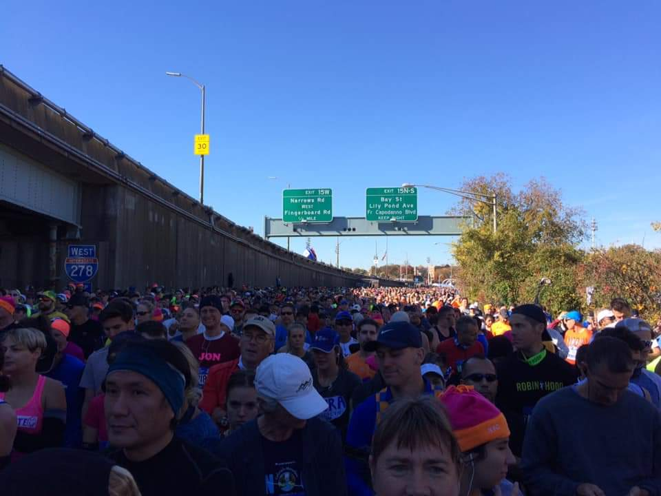 Am Start des NYC Marathon